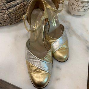 Vintage 1960's does 1920's Metallic Heels Sz 6